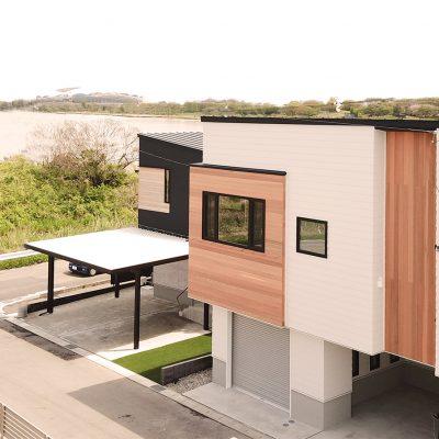 グリーンスタイル新潟モデルハウス外観と鳥屋野潟とビッグスワンと