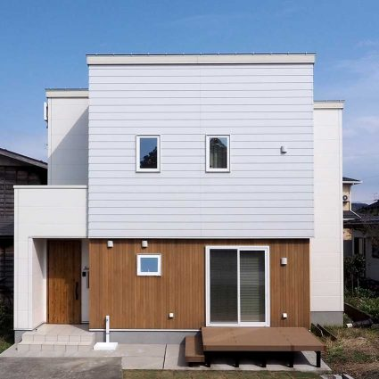 実家の敷地を分けて建てる。<br />【スキップフロア+布団で寝る暮らし】