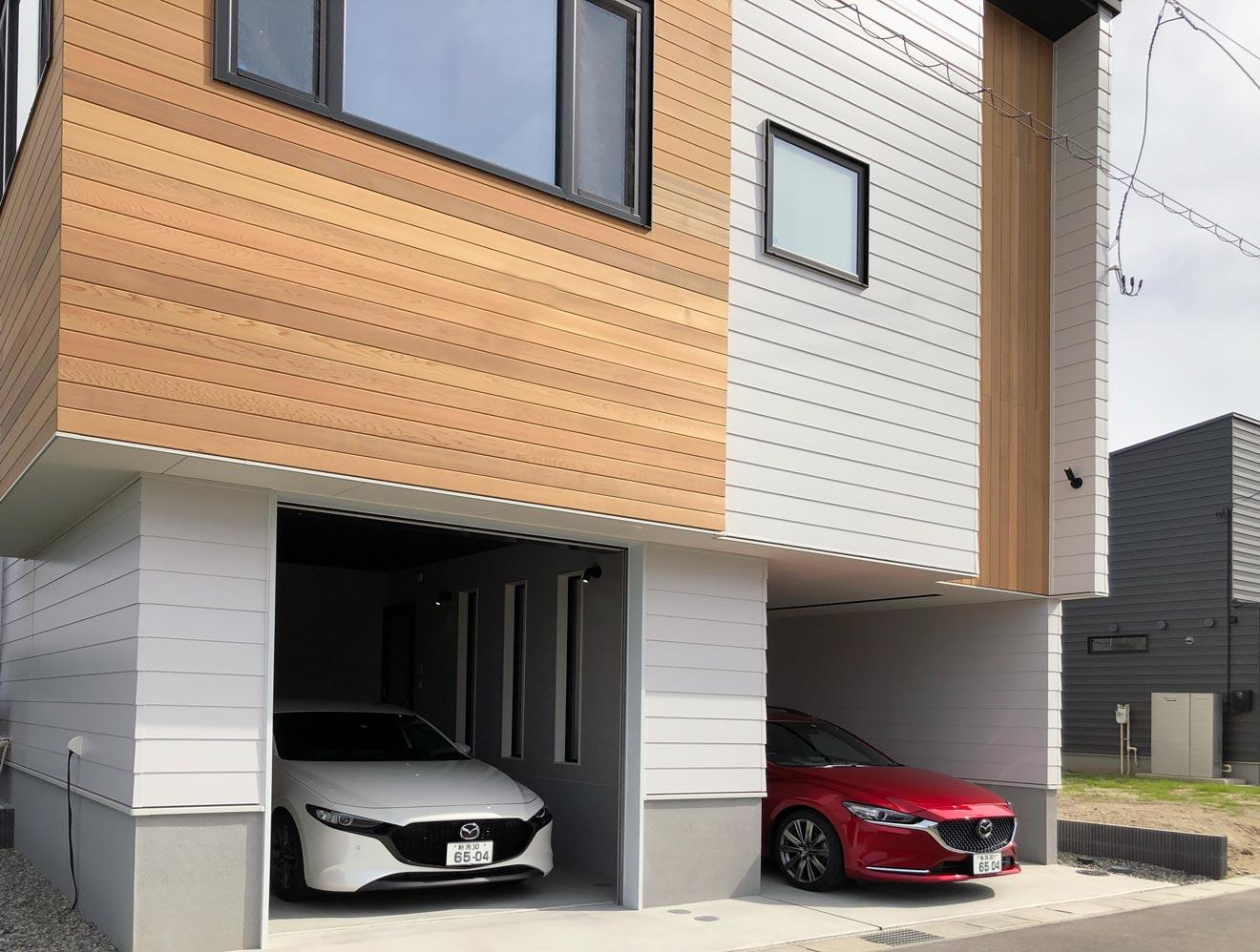 新潟モデルハウス「君と、夕暮れの家」インナーガレージ