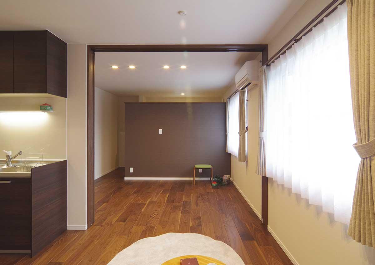 グリーンスタイルのお家見学会です。セカンドリビングは主寝室と一体化。